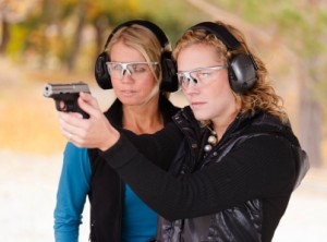 2_women_at_shooting_range